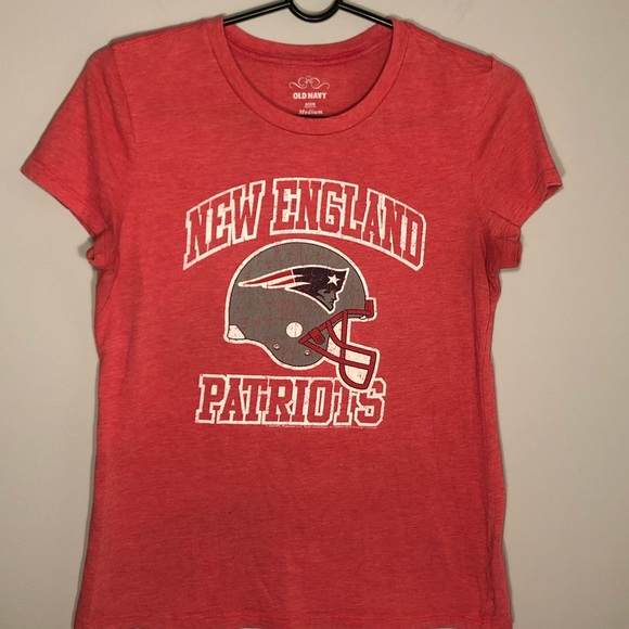 reputable site 412a2 dd7a6 Old Navy Women's New England Patriots T Shirt M